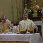 2013-4-28 padre matteo DSC_0180 comunione